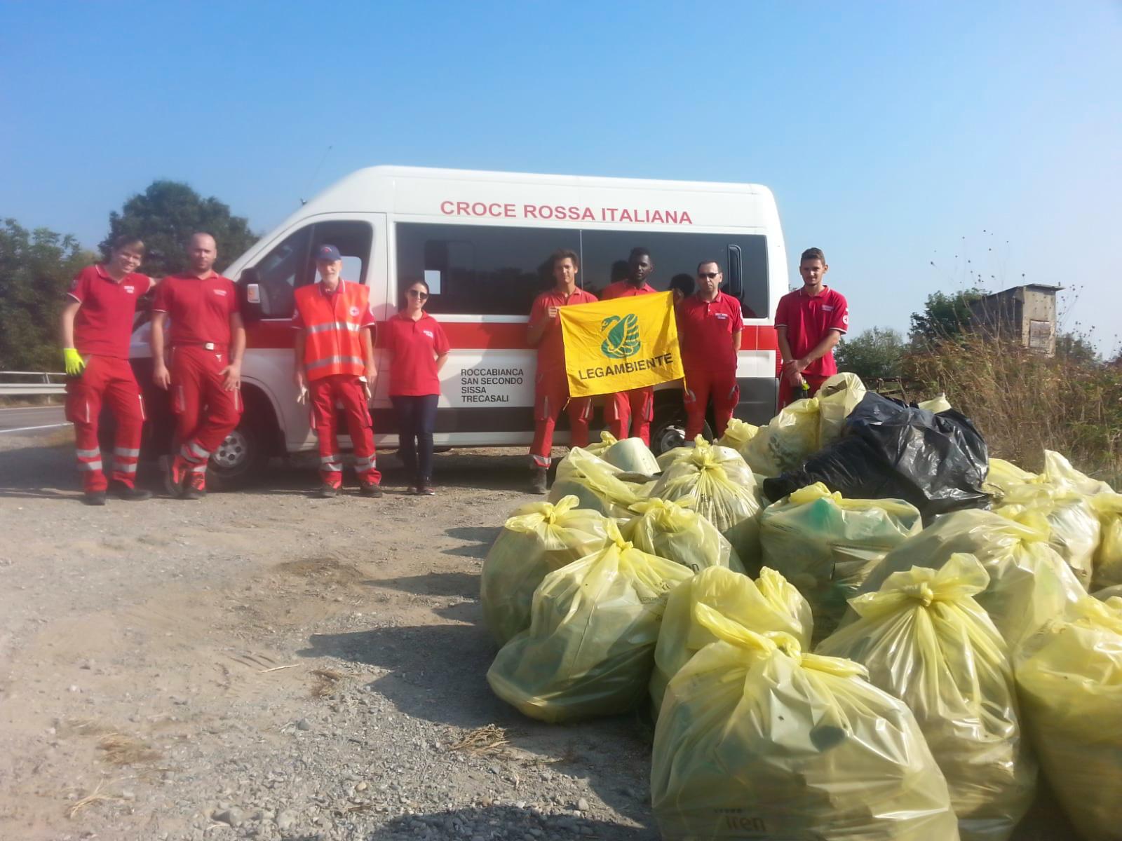 Croce Rossa Italiana - Legambiente - Puliamo il Mondo - MaB Po Grande